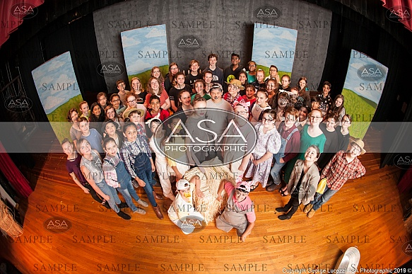 BTA - Charlottes Web, Cast Photo
